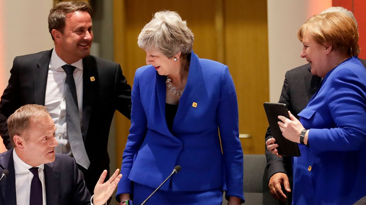 Theresa May Asks EU for Brexit Delay, but Macron Seeks 'Clarity'