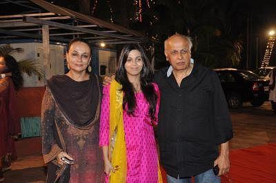 Shaheen Bhatt (C). (Photo: IANS)