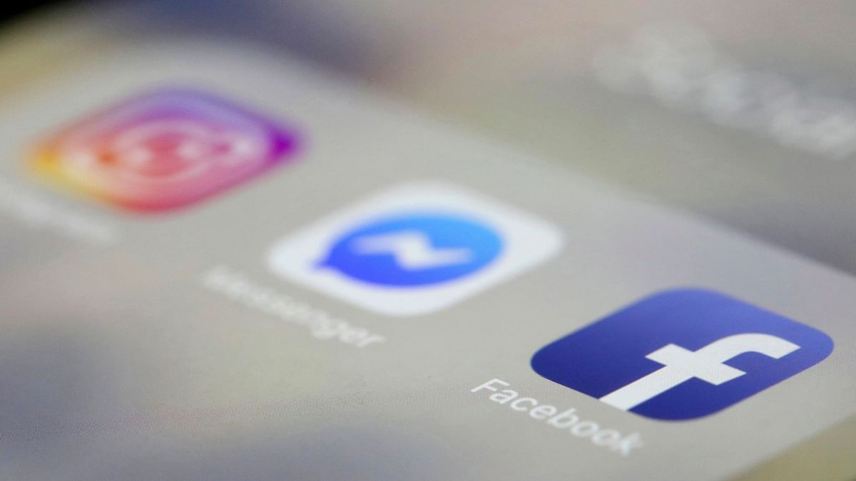 Facebook to Add its Name to Instagram & WhatsApp Very Soon