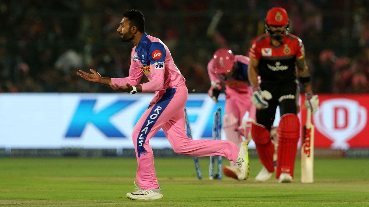 Shreyas Gopal Rocks RCB's Top-Order, Picks up Kohli, De Villiers