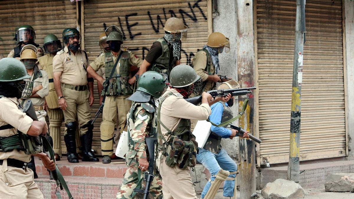 2 Naxals Linked to BJP MLA Mandavi's Death Killed  in Chhattisgarh