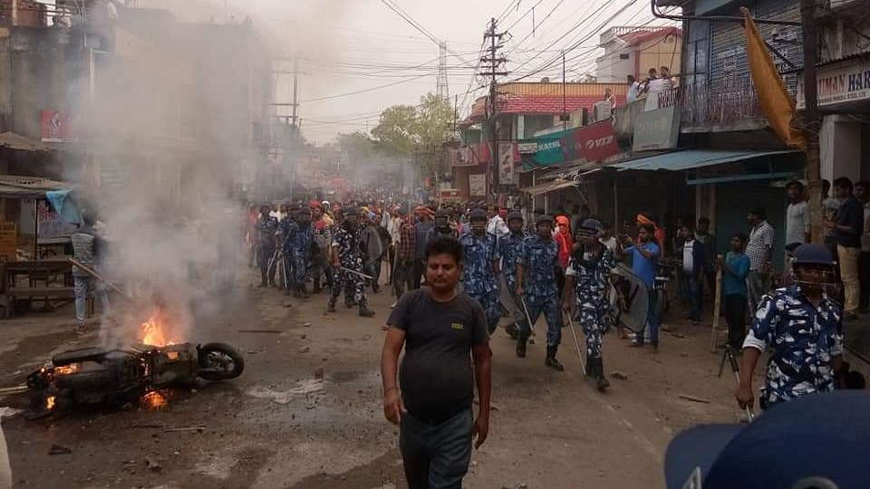 Violence Sparked in WB's Asansol in Ram Navami Rally, Ten Held