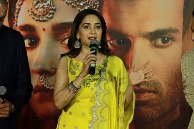 Saroj Khan makes women look graceful: Madhuri Dixit