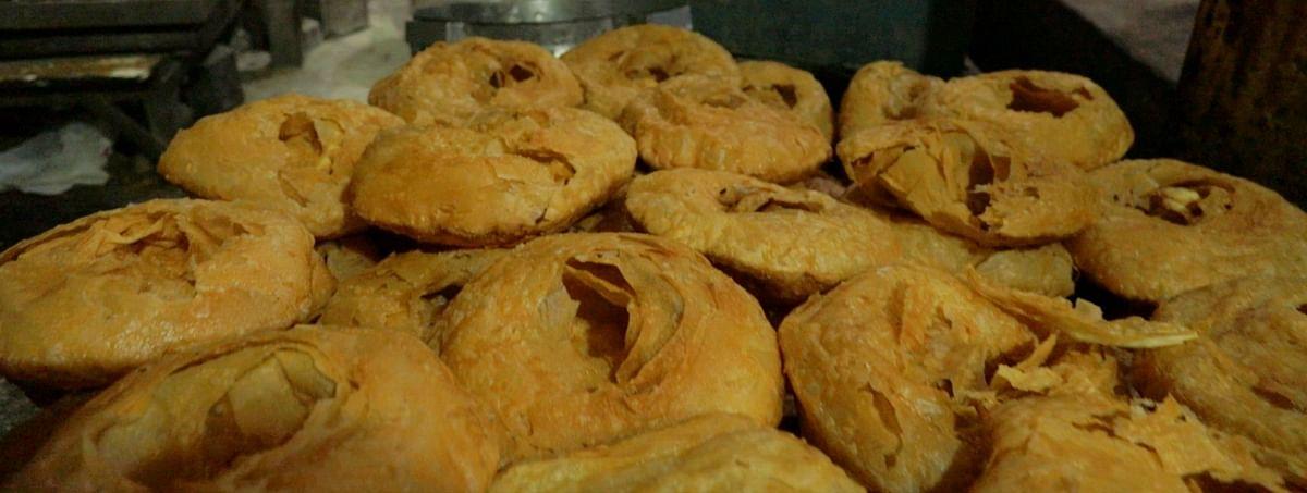 Khajla is made of wheat flour and <i>desi ghee.</i>