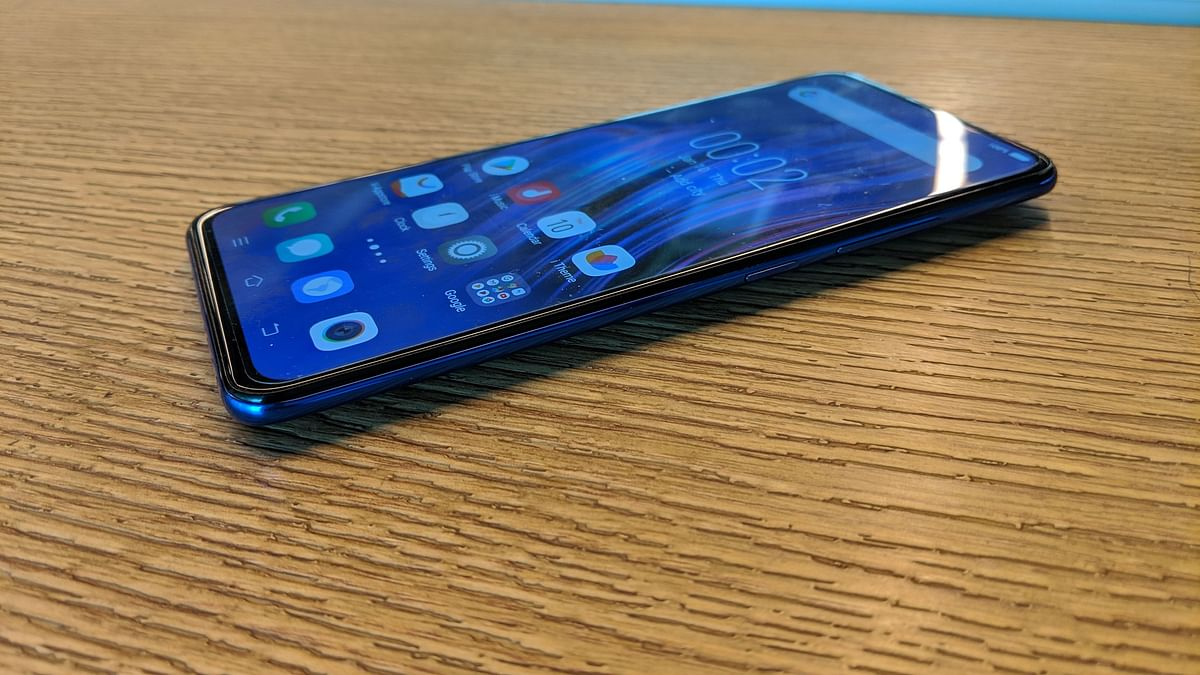 Vivo's Fastest V-Series Phone Is Here & We're Excited!
