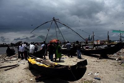 Kochi: Dark clouds seen over Kochi. (Photo: IANS)