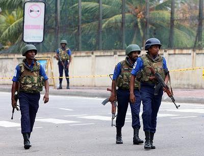 SL partially lifts curfew, warns anti-Muslim rioters. (Xinhua/A. Hapuarachchi/IANS)