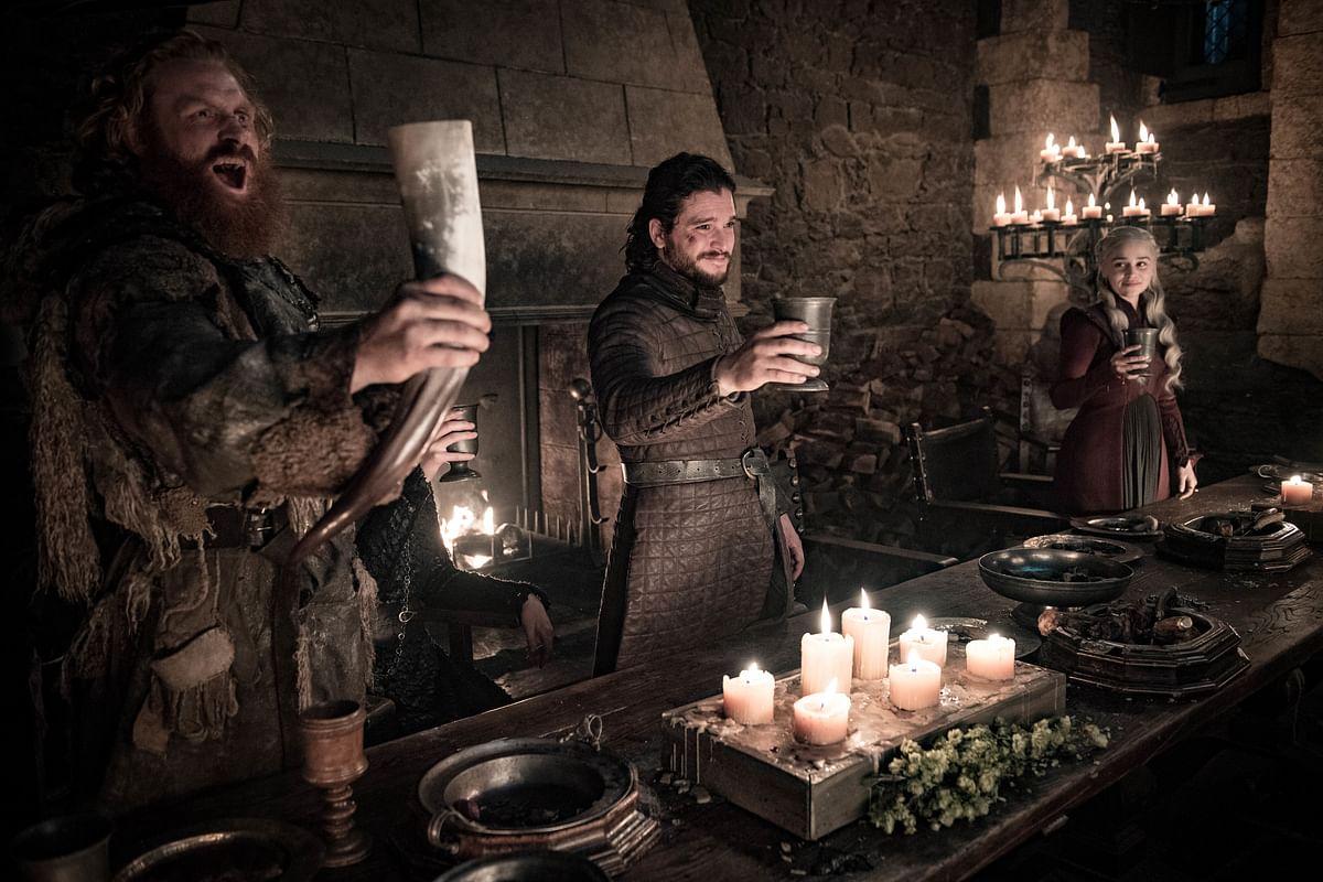 Jon, Tormund and Daenerys toast to Arya Stark