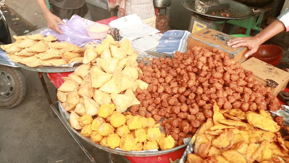 Keema goli is amongst other favorite fried food.