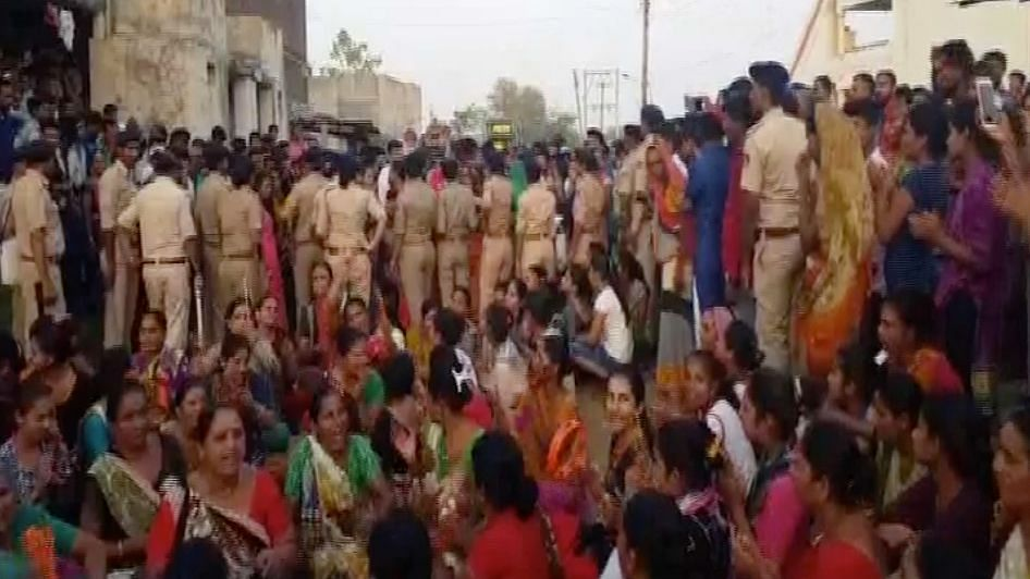 Guj Promises Action Over Blocking of Dalit Wedding Processions