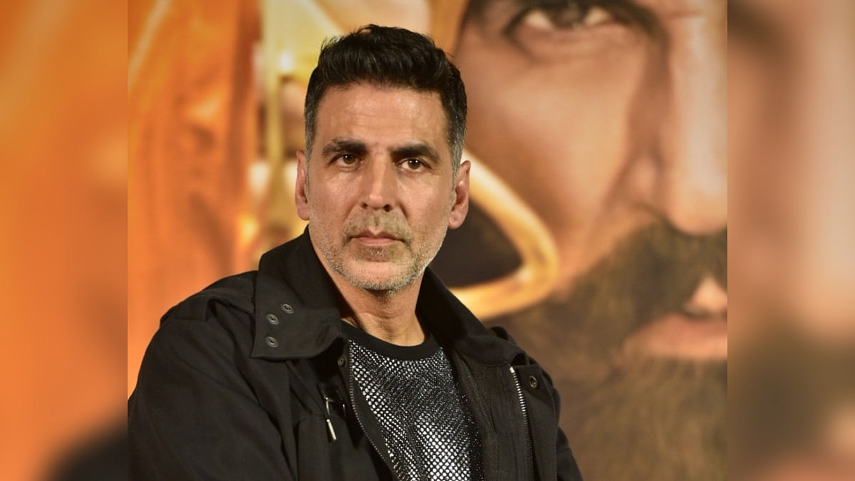 QuickE: Akshay on Canadian Citizenship; Salman's 'Tiger' Sequel
