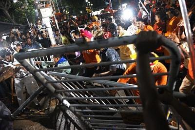 Kolkata: Clashes broke out during BJP President Amit Shah