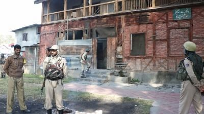 Grenades Hurled at 2 Poll Stations in J&K's Pulwama, No Casualties
