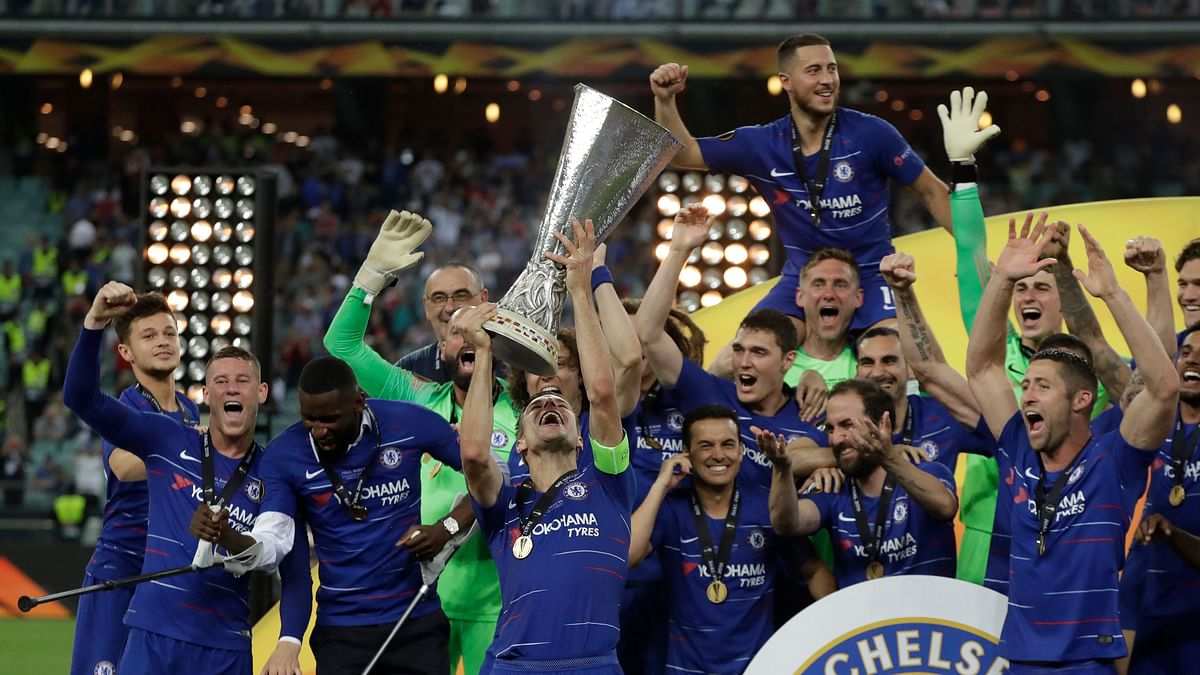 Hazard scored twice past his former teammate as Chelsea sliced through Arsenal in the second half of the Europa League final.
