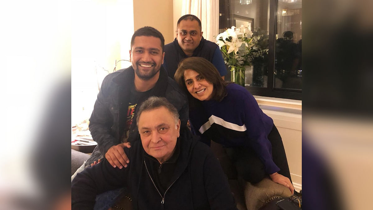 Vicky Kaushal Catches up With Rishi and Neetu Kapoor in New York