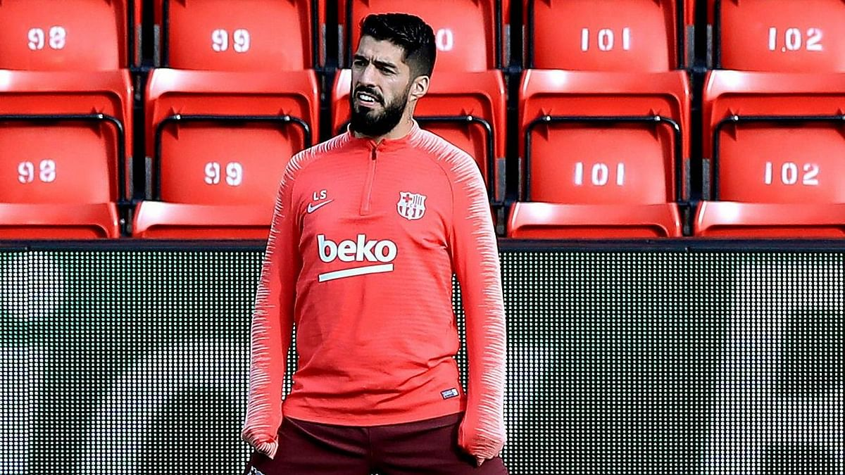 Suarez  Out of Barcelona's Copa del Rey Final Against Valencia