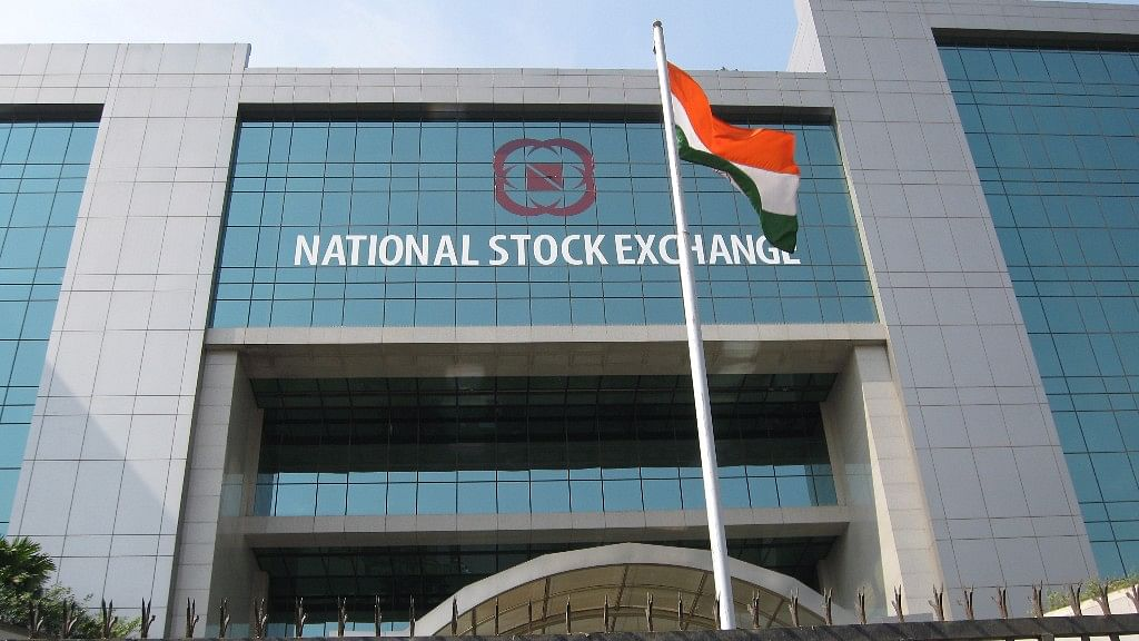 Three NSE Officials Banned by Sebi Rejoin Office Post-SAT Relief