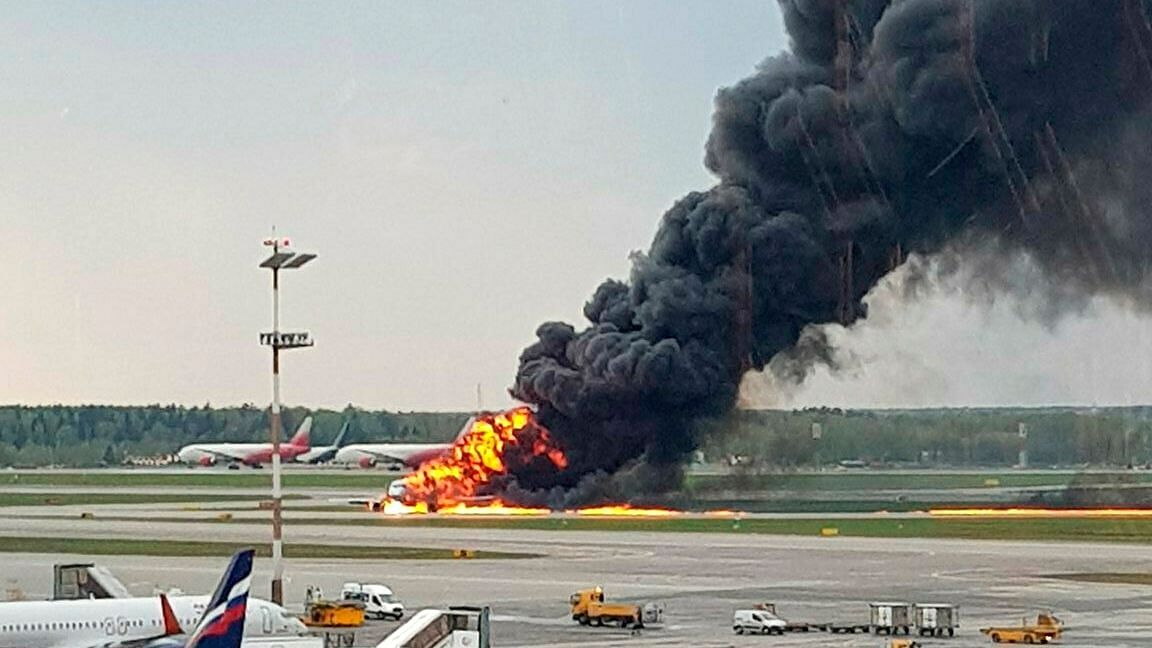 Lightning Led to Russia Plane Fire That Killed 41, Says Pilot