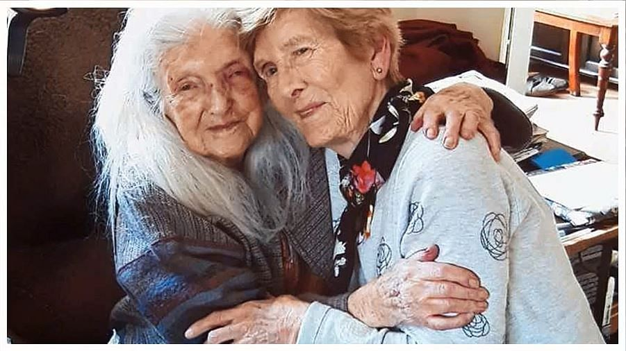 81-Yr-Old Irish Woman Reunites With 103-Yr-Old Mum After 6 Decades