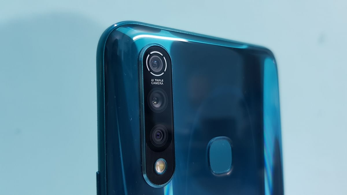 The triple camera setup is starting to become a trend on smartphone these days