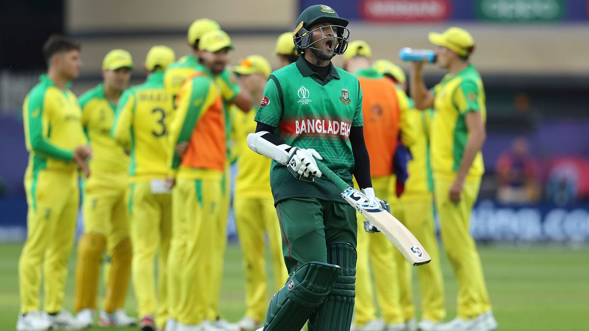Shakib Al Hasan was dismissed for 41 by Marcus Stoinis.