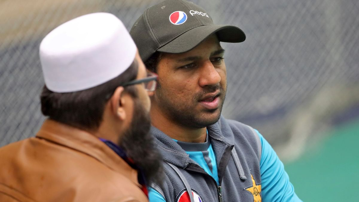What is Inzamam Doing in England, Asks Ex-Pakistani Skipper