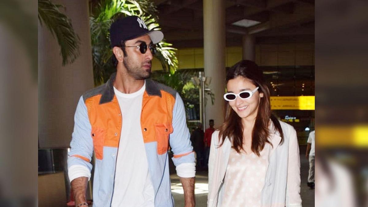 Ranbir Kapoor and Alia Bhatt at Mumbai airport.