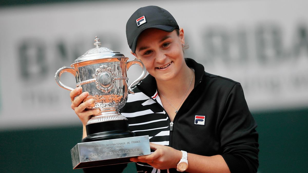 Ash Barty beat unseeded 19-year-old Marketa Vondrousova of the Czech Republic 6-1, 6-3 in the French Open final.