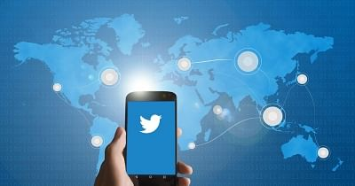 Twitter to Apply 'Strikes' Against Fake News on COVID-19 Vaccines