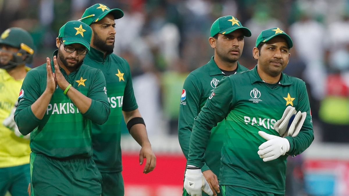 Twitter Hails Pakistan For Bouncing Back After Defeat to India