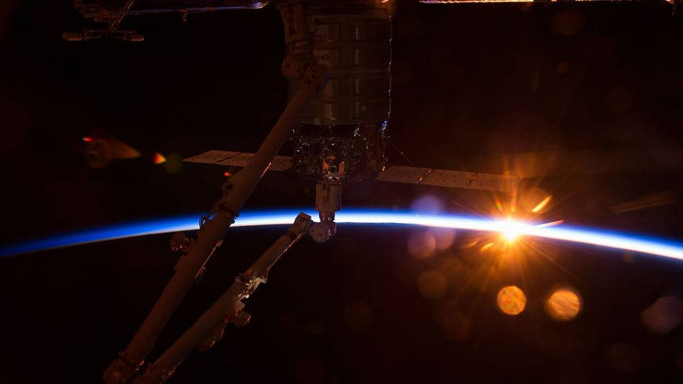 NASA to Open International Space Station to Tourists from 2020