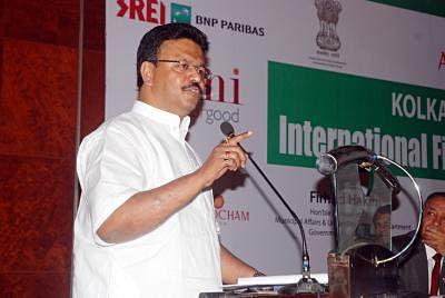 BJP bringing musclemen from UP, Bihar to Bhatpara: Trinamool