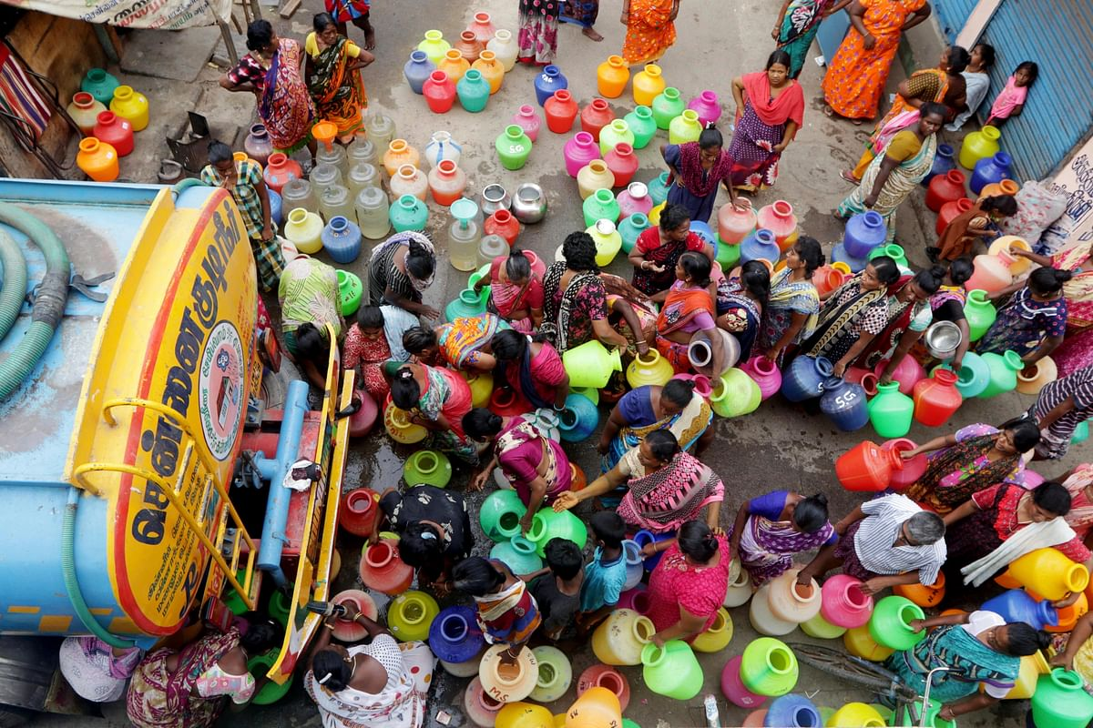 The private tankers, on which a huge section of Chennaiites depend for water, say they are being harassed by police for lack of license.