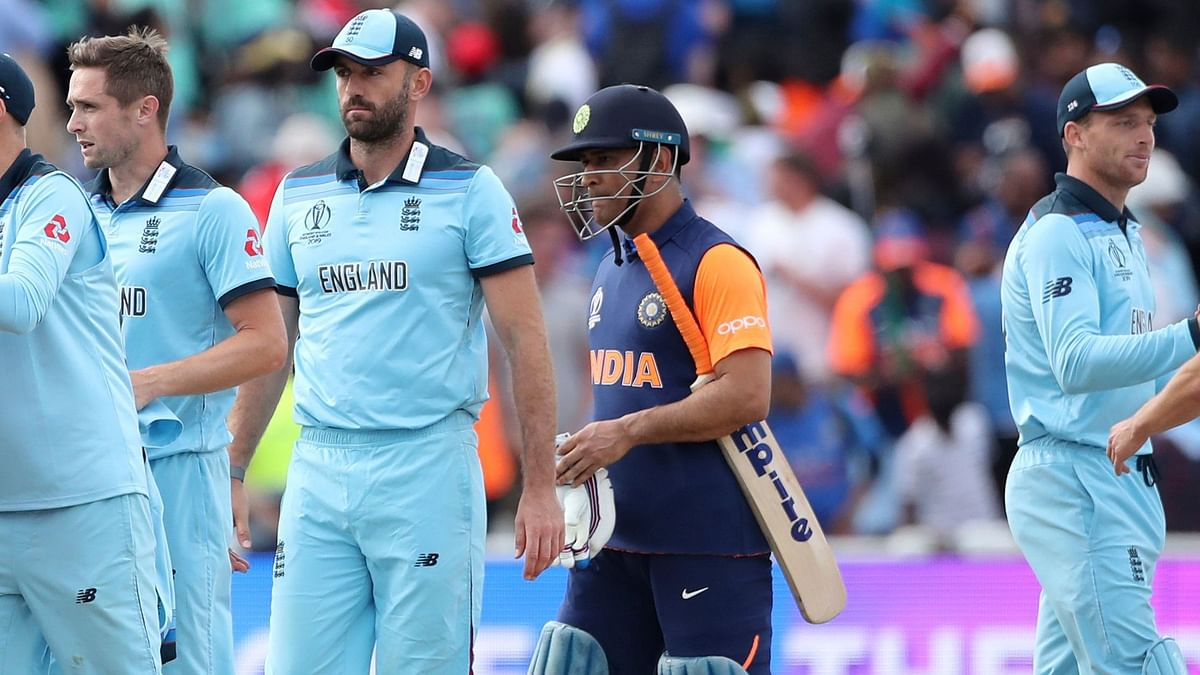Dhoni or Orange Jersey: Twitter Can't Decide Who to Blame for Loss
