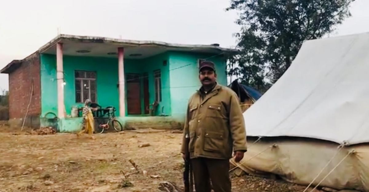 This is the 8-year-old Gujjar Bakarwal girl's home very close to Rasanna. She left this home on 10 January 2018 to bring the horses back, but never returned. While the family moves up to Kargil with their cattle, security guards continue to be stationed outside.