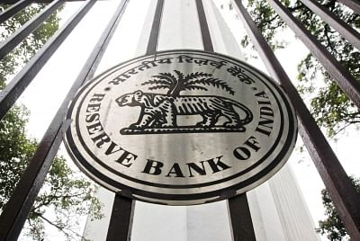 India has 597 ATMs less in 2019 than 2017: RBI report