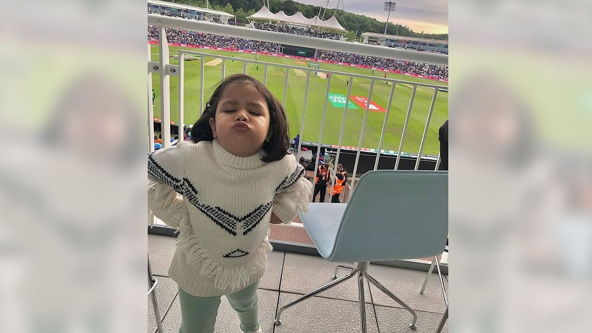 Team India & Dhoni's Most Consistent Fan Ziva Cheers Team On vs SA