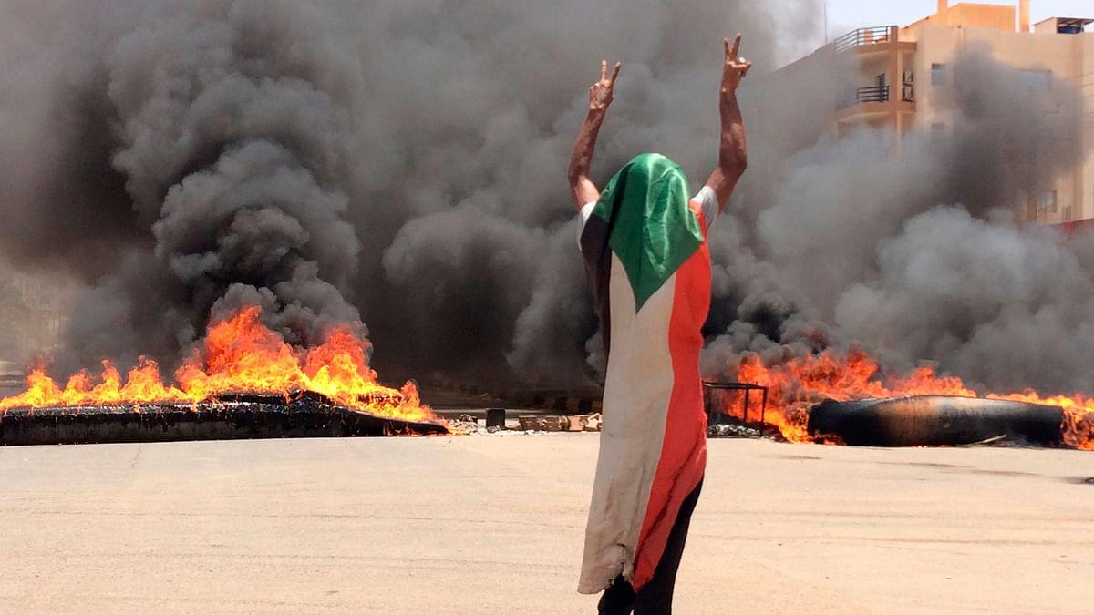 35 Dead as Sudan Troops Move Against Pro Democracy Protesters