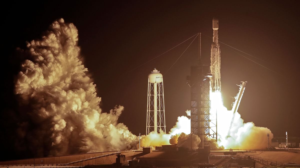 SpaceX Launches Falcon Heavy Rocket With 24 Satellites On Board