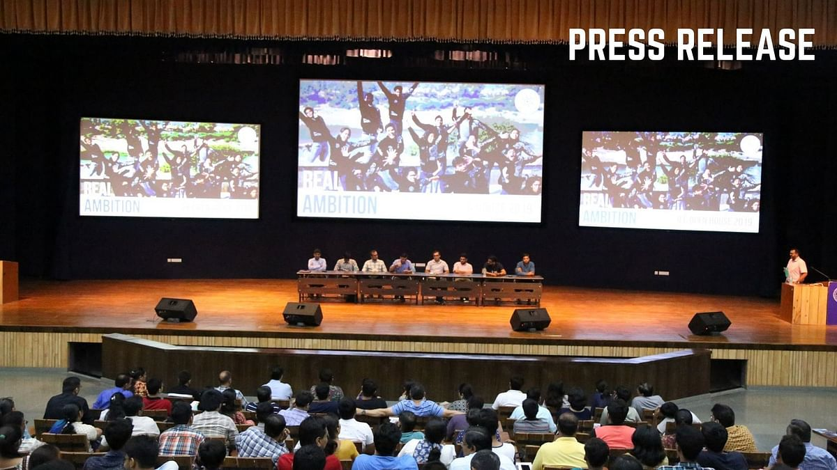 Press Release: Over 500 Participation In IITGN JEE Open House