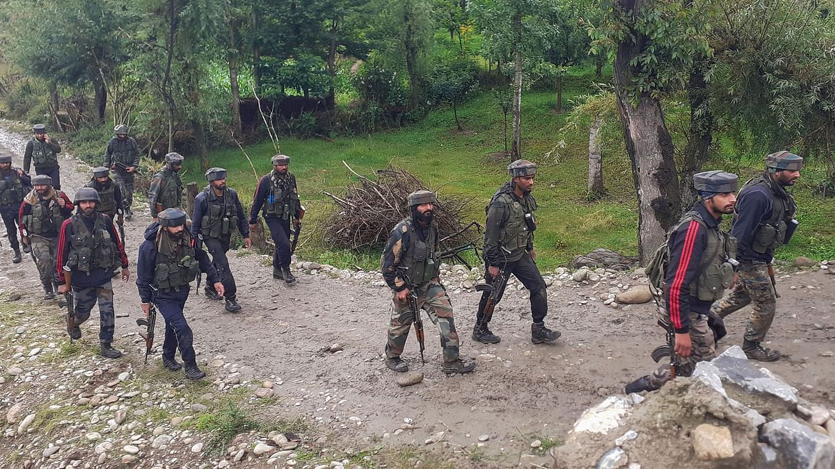 4 Militants Killed in Encounter With Security Forces in  Shopian