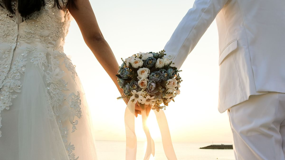 You Can Get Married to an Amsterdam Local for Just a Day!