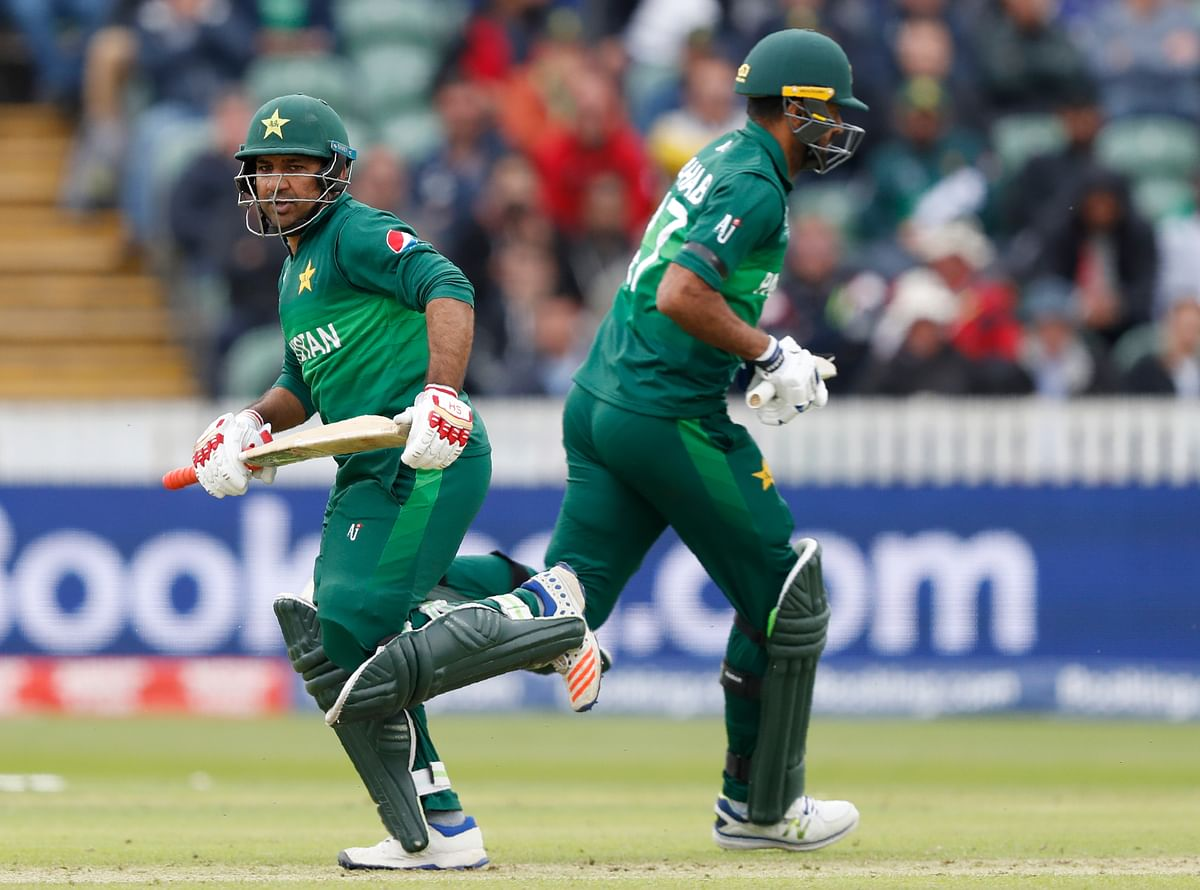 Wahab Riaz smashed 45 off 39 balls with two fours and three sixes, while Sarfaraz Ahmed made 40 off 48.