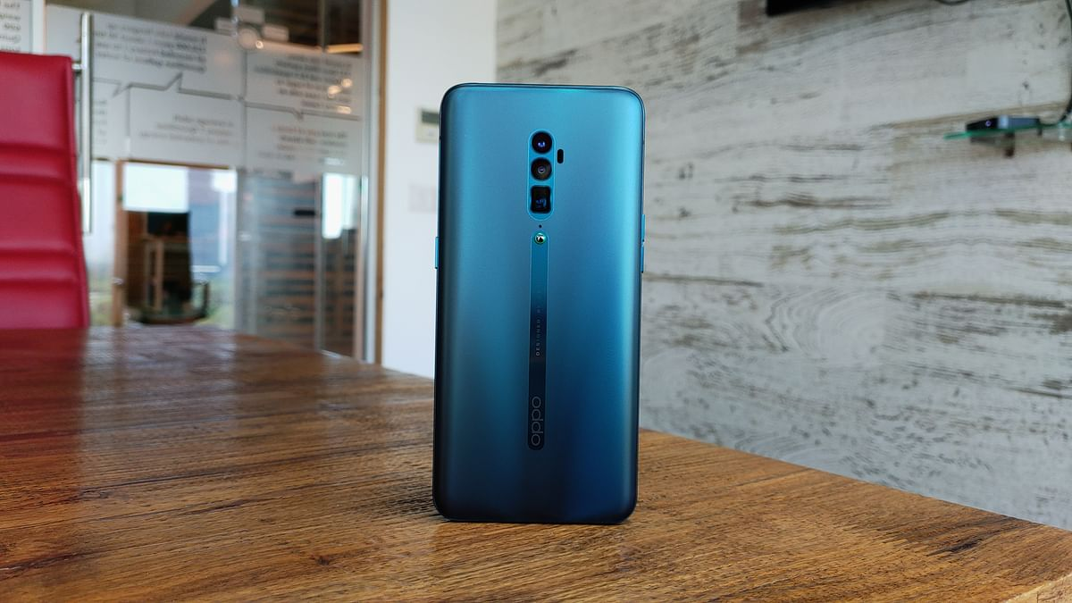 The Oppo Reno 10x Zoom comes with a 4065mAh battery.
