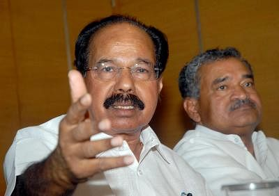 'Not a Part of It': Cong Leader Veerappa Moily on G-23 Jammu Meet