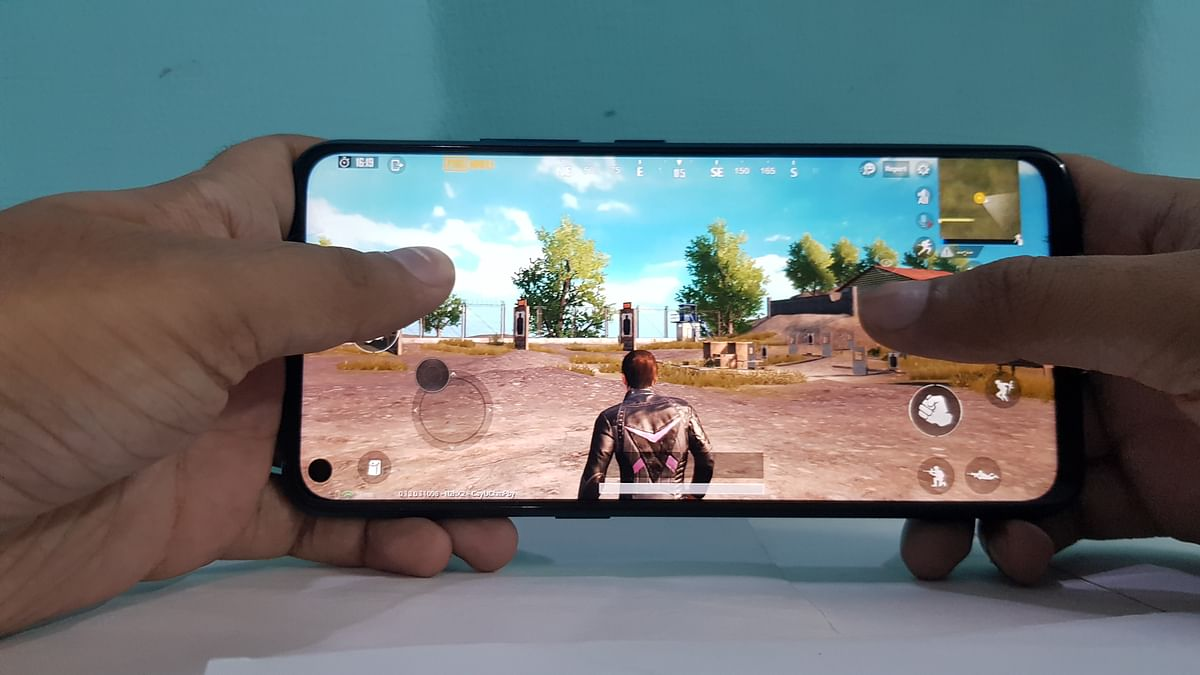 Snapdragon 712 is able to handle games at the highest settings.