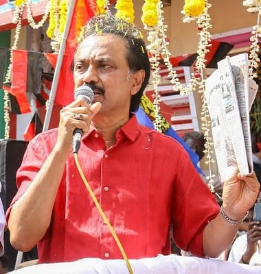 ALERT: Stalin questions 'one nation, one ration card' scheme