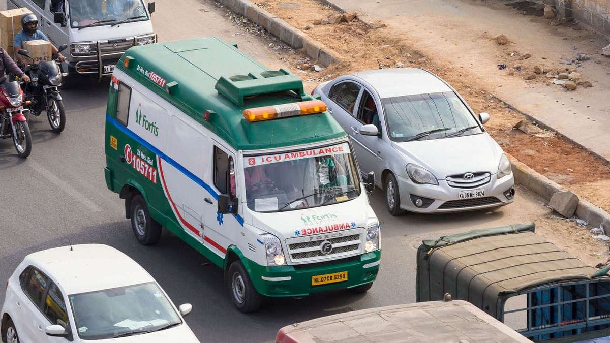Blocking An Ambulance On The Road Will Now Cost You Rs 10,000