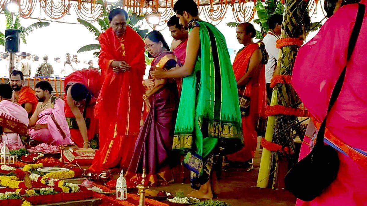 KC Rao and his wife participating in Jala Sankalpa Mahotsava Yagam.