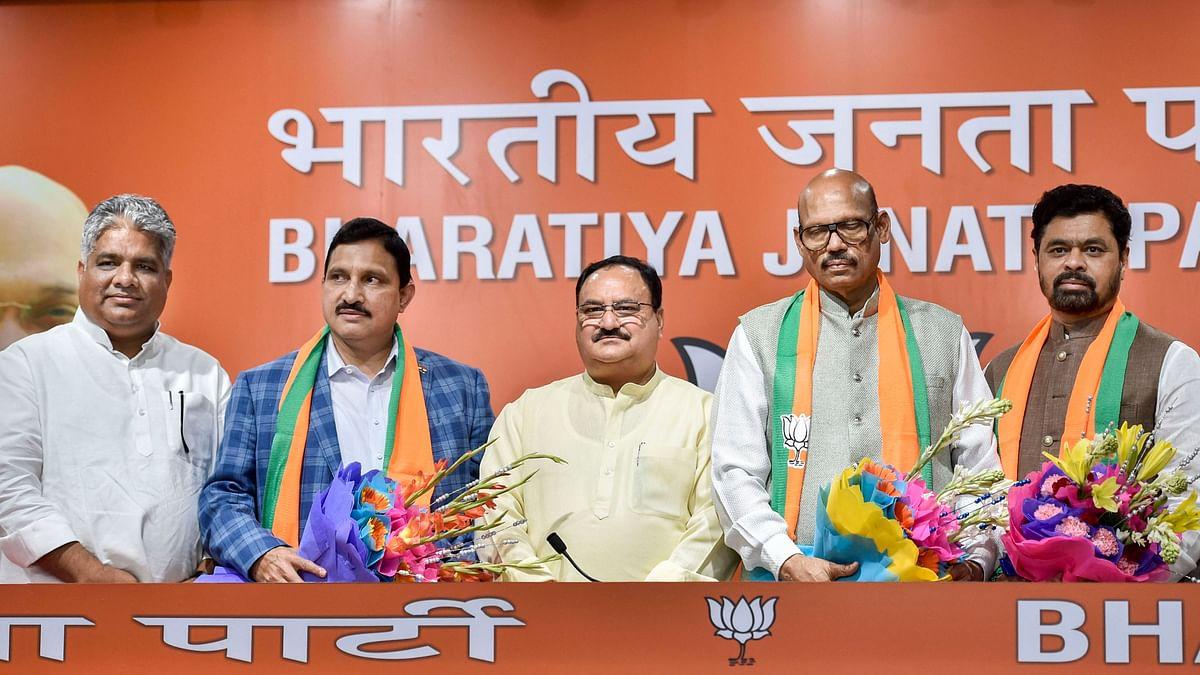 Five TDP MPs Meet VP Naidu, Challenge Colleagues' Merger With BJP